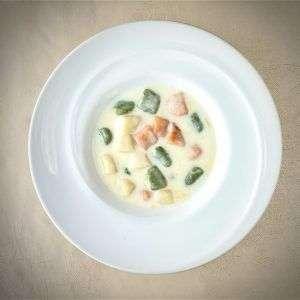 カラフールニョッキ・アジアーゴチーズソース